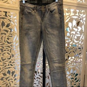 MadeWell Jeans; 25 x 32